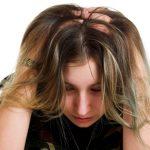 頭皮に湿疹が起きる原因は?症状を改善する市販薬やシャンプーを紹介!