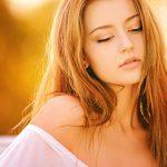 秋に抜け毛が多い原因を紹介!夏から対策することで防ぐことが出来る?