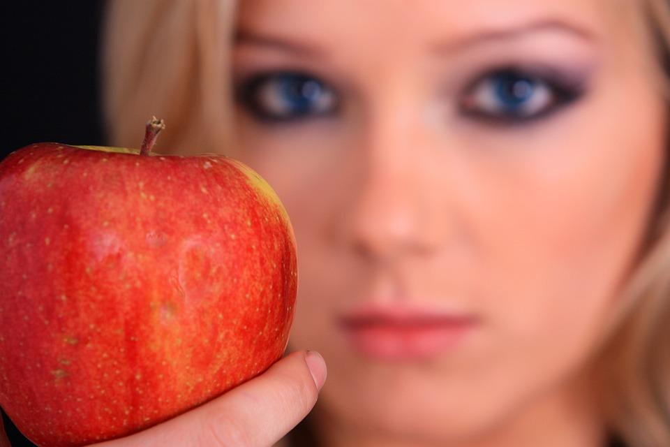 りんご女性