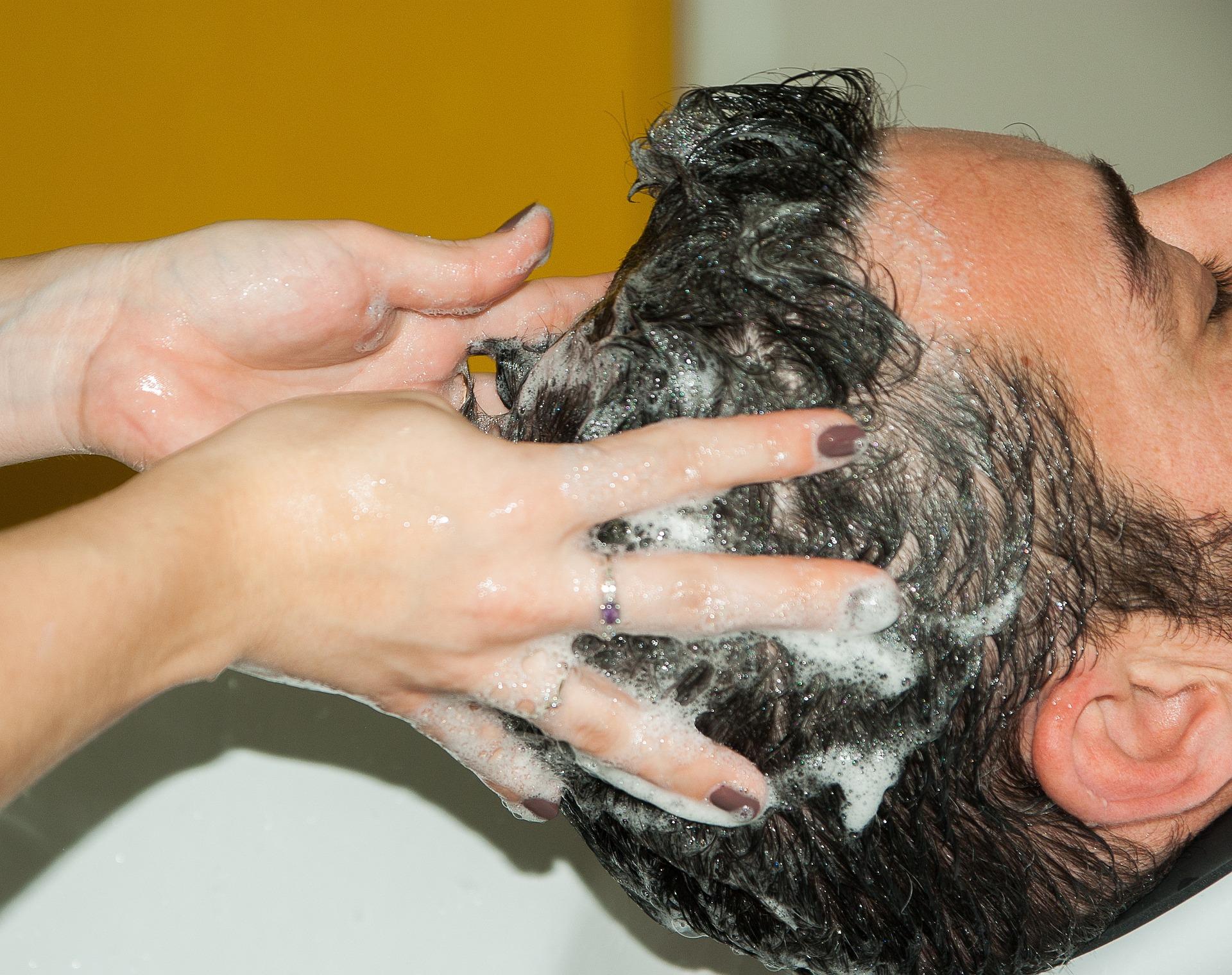 hairdresser-1179461_1920