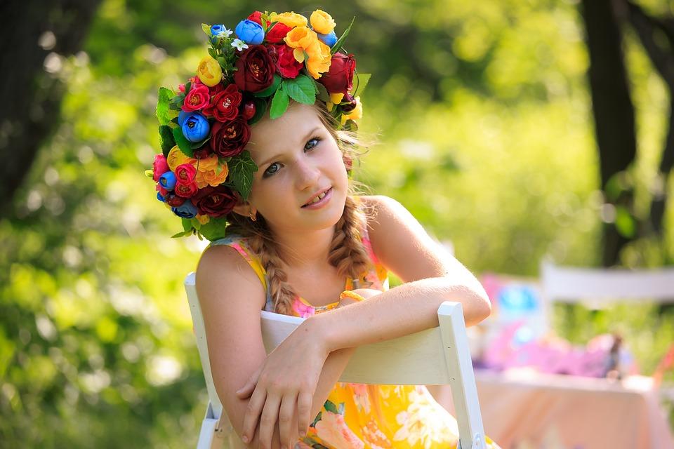 花の冠少女