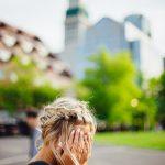 女性の薄毛が発生する原因と対策法を紹介!薄毛が治った人が行っている対策方法とは。