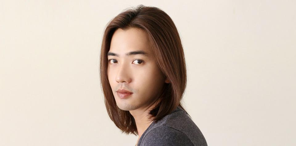 髪長い 男性