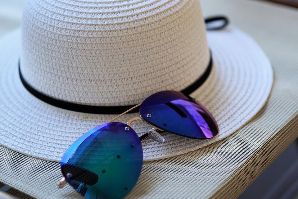 帽子サングラス
