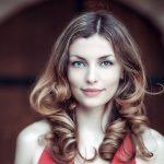 ヘアカラーの最適な頻度は?髪のダメージを減らす方法を紹介!